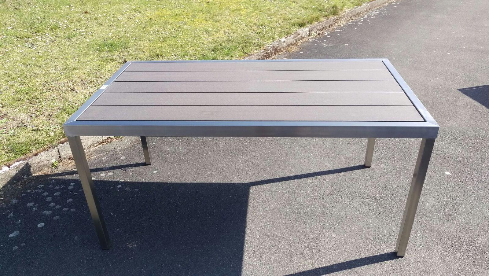 Tisch edelstahltisch gartentisch wpc tisch modernes design for Design tisch edelstahl